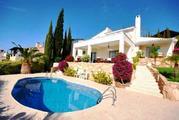 590 000 €, Шикарная 4-спальная Вилла с панорамным видом на море в районе Пафоса, Купить дом Пафос, Кипр, ID объекта - 502662087 - Фото 2