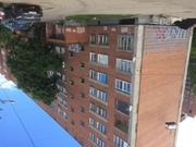 Сдается трехкомнатная квартира в центре города. Удобное место .
