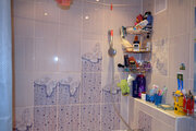 Продаю двухкомнатную квартиру, Продажа квартир в Новоалтайске, ID объекта - 333256653 - Фото 1