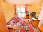 Продажа трехкомнатной квартиры на Юбилейной улице, 33 в Новокузнецке, Купить квартиру в Новокузнецке по недорогой цене, ID объекта - 319828448 - Фото 2
