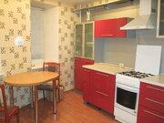 Современная квартира с мебелью, бытовой техникой, кладовой на этаже - Фото 1