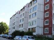 Продажа двухкомнатной квартиры на городке Коминтерна, 12б в Смоленске