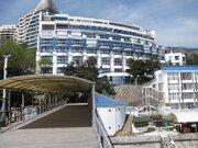 2-к.апартаменты рядом с морем в парке Ялты