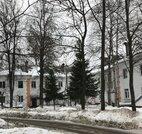 Продается комната в двухкомнатной квартире в Дедовске. - Фото 1