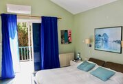 295 000 €, Просторная 4-спальная вилла в пригородном районе Пафоса, Купить дом Пафос, Кипр, ID объекта - 503670985 - Фото 22