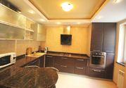 3-комнатная квартира в Ялте с отличным ремонтом, Купить квартиру в Ялте по недорогой цене, ID объекта - 317948916 - Фото 2