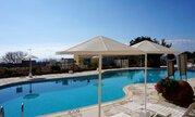 Полуотдельный трехкомнатный Апартамент с видом на море в районе Пафоса, Купить квартиру Пафос, Кипр по недорогой цене, ID объекта - 329309172 - Фото 21