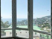 Квартира с панорамными окнами в Ялте, новый дом