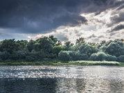 Земля на берегу реки Ока