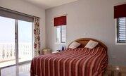 850 000 €, Шикарная 5-спальная вилла с панорамным видом на море в регионе Пафоса, Продажа домов и коттеджей Пафос, Кипр, ID объекта - 503913360 - Фото 24