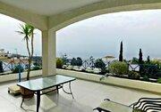 Шикарный трехкомнатный апартамент с панорамным видом на море в Пафосе, Купить квартиру Пафос, Кипр, ID объекта - 327881429 - Фото 7