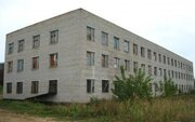 Продаётся 3-х этажное здание с подвалом общей площадью 3500 кв.м. - Фото 1
