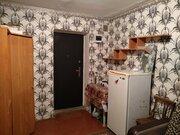 Комната, ул. Матросова, 7б, Купить комнату в квартире Барнаула недорого, ID объекта - 701183884 - Фото 3