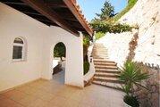 590 000 €, Шикарная 4-спальная Вилла с панорамным видом на море в районе Пафоса, Купить дом Пафос, Кипр, ID объекта - 502662087 - Фото 10