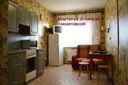 Продам недорогую и просторную однокомнатную квартиру в п.Шушары - Фото 1