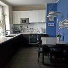 Продается 2-х комнатная квартире в доме бизнес-класса в шаговой дос.