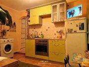 Продается комната с ремонтом и мебелью рядом с центром города!, Купить комнату в квартире Твери недорого, ID объекта - 700803870 - Фото 2