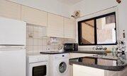Трехкомнатный апартамент с большой террасой и рядом с морем в Пафосе, Купить квартиру Пафос, Кипр, ID объекта - 323408114 - Фото 11