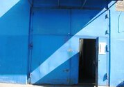 Предлагается теплое помещение под склад 439 кв.м. Размер ворот 3,2 м.