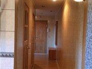 Продажа двухкомнатной квартиры на улице Ломоносова, 28 в Волхове