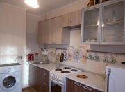 Продается однокомнатная квартира: большая кухня, двойная застекленная - Фото 1