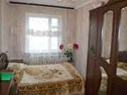 Продажа двухкомнатной квартиры на Октябрьской улице, 380 в Черкесске, Купить квартиру в Черкесске по недорогой цене, ID объекта - 319936742 - Фото 1