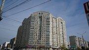 Купить однокомнатную квартиру с ремонтом в монолитном доме.