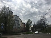 Продам 3-комнатную квартиру в элитном малоквартирном доме на Волжской .