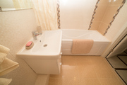 Продаю трехкомнатную квартиру с ремонтом - Фото 4