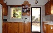 275 000 €, Просторная 3-спальная Вилла с панорамным видом на море в районе Пафоса, Продажа домов и коттеджей Пафос, Кипр, ID объекта - 503419574 - Фото 16