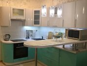 Сдается 2х-комн квартира, Аренда квартир в Якутске, ID объекта - 318925898 - Фото 1