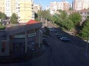 Продажа трехкомнатной квартиры на улице 5 Августа, 17к1 в Белгороде, Купить квартиру в Белгороде по недорогой цене, ID объекта - 319751997 - Фото 1