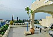 Шикарный трехкомнатный апартамент с панорамным видом на море в Пафосе, Купить квартиру Пафос, Кипр, ID объекта - 327881429 - Фото 8