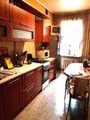 Хорошая двух комнатная квартира в Сталинке.