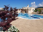 Просторные апартаменты с видом на море и бассейном в Черногории - Фото 2