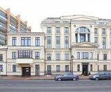 К продаже предлагается особняк общей площадью 601,2 кв.м с придомовой