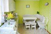 Продам половину добротного дома в селе Упорово.