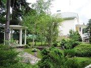 Просторный дом классического стиля на ландшафтном участке в лесном . - Фото 2