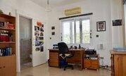 850 000 €, Шикарная 5-спальная вилла с панорамным видом на море в регионе Пафоса, Продажа домов и коттеджей Пафос, Кипр, ID объекта - 503913360 - Фото 20
