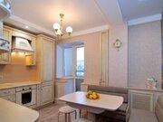 Продажа двухкомнатной квартиры на улице Урицкого, 48 в Кирове