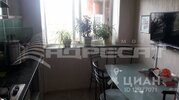 2-к кв. Волгоградская область, Волгоград Библиотечная ул, 10 (49.2 м) - Фото 2