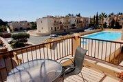 Замечательный трехкомнатный Апартамент в пригородном районе Пафоса, Купить квартиру Пафос, Кипр по недорогой цене, ID объекта - 323114126 - Фото 8