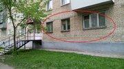 Продам двухкомнатную квартиру на первом этаже центральной улицы - Фото 1