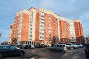 Продается 4-комнатная квартра в г. Чехов, ул. Чехова, д. 2а - Фото 1