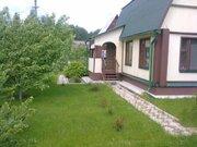 Бревенчатый , очень аккуратный дом 70 кв.м, летняя кухня, 6 соток в . - Фото 1