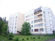 Продается хорошая 3 комнатная в поселке Глебычево