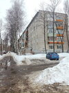 4х-комнатная квартира на Ушакова, Купить квартиру в Ярославле по недорогой цене, ID объекта - 326738074 - Фото 16