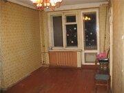 Продажа трехкомнатной квартиры на улице Мира, 27 в Киришах