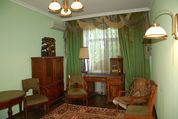 3-комнатная сталинка с качественным ремонтом, центр города