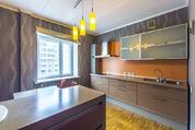 Продается 2-к квартира — Екатеринбург, Автовокзал, Сурикова, 60
